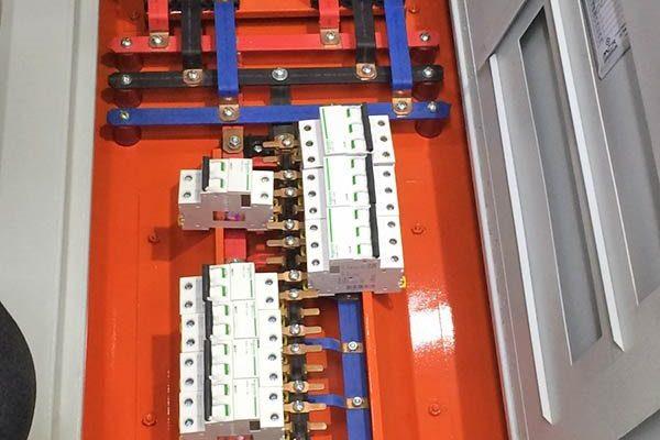 Equipo para tablero eléctrico